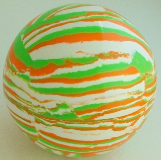 White - Green fluorescent, fluorescent orange