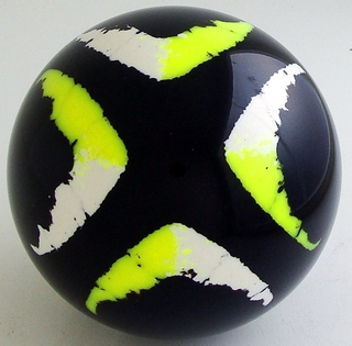 BLACK-fluorescent yellow, white