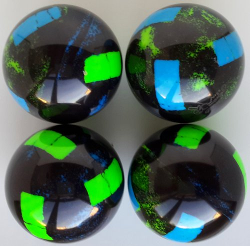 black gradient / blue italy -green fluorescent